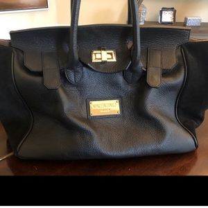 💯 authentic Valentino leather/suede purse⭐️⭐️⭐️⭐️